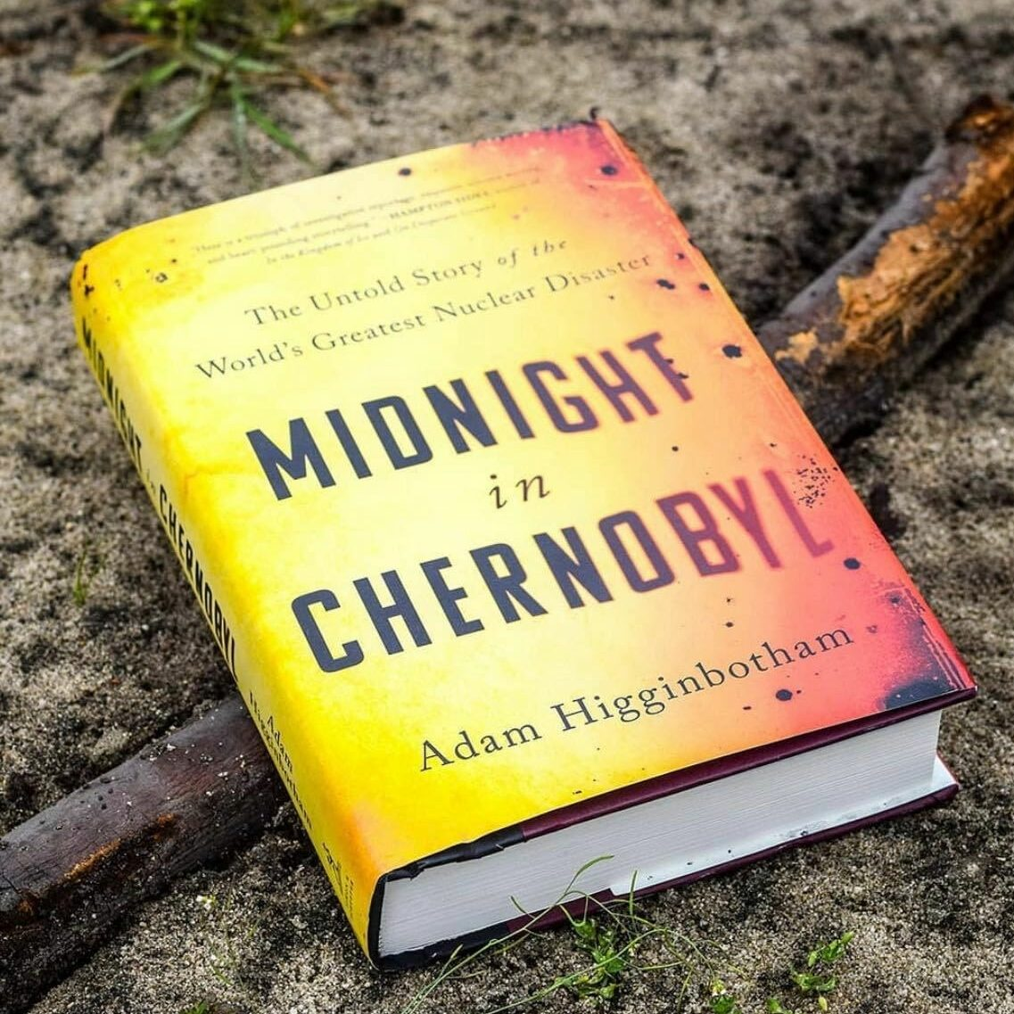 "Cover of the book ""Midnight in Chernobyl"""